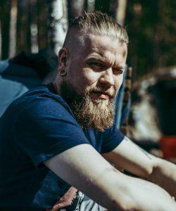 Mikko Helander - kuvaaja, editoija - Kirjastokaista