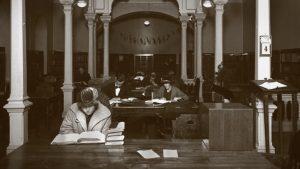 """Kuva: """"Rikhardinkadun kirjasto, entinen pääkirjasto"""": Eric Sundström (1924) & Helsingin kaupunginmuseo, mustat värisävyt vaihdettu ruskeiksi (CC BY 4.0)"""
